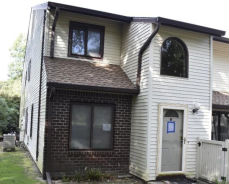 354 Clubhouse Crt, Unit 422 Coram, NY 11727
