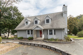 5 Newton Ave Branchville, NJ 07826