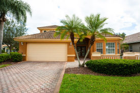 9997 Sago Point Dr Seminole, FL 33777