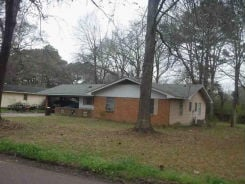 1820 SMALLWOOD ST Jackson, MS 39212