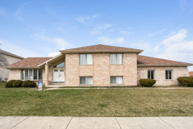 19000 Marylake Ln Country Club Hills, IL 60478
