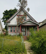 3212 N 29th St Milwaukee, WI 53216