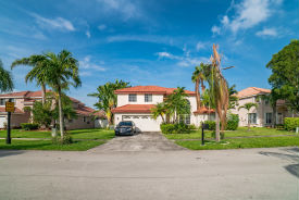 804 Sw 172nd Ter Pembroke Pines, FL 33029