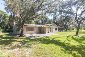 732 Lake Agnes Dr Polk City, FL 33868