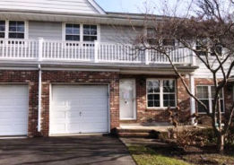 5 Springfield Cir Central Islip, NY 11722