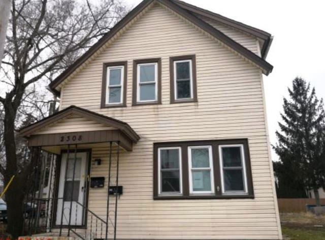 Multi Family Auction South Milwaukee Wi 2308 2308a 12th Ave