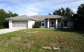 402 Lomond Dr Port Charlotte, FL 33953