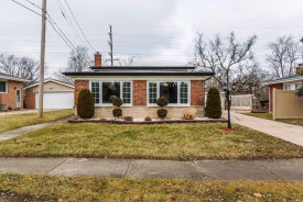 65 Arquilla Dr Chicago Heights, IL 60411