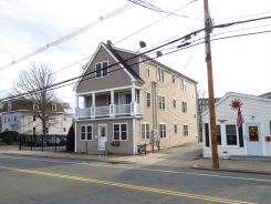 147 S Ave Whitman, MA 02382