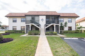 7130 Golf Colony Ct Unit 101 Lake Worth, FL 33467