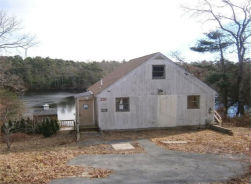 139 LAKE DR Plymouth, MA 02360