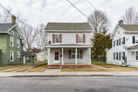 205 E East St Delmar, MD 21875
