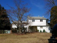 29 9th Ave Brentwood, NY 11717