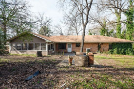 103 Lynne St Mabank, TX 75147