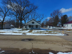 1321 WILLOWDALE AVE Elkhart, IN 46514