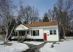 2060 Chepstow Rd Schenectady, NY 12303