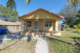 7727 Nw 4th Ct Miami, FL 33150