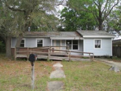 6664 James St Milton, FL 32570