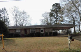 819 S 10TH ST La Nett, AL 36863