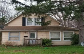5894 LAKE ST Mentor, OH 44060