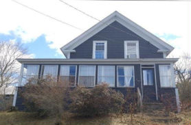 32 Ridge Ave Claremont, NH 03743