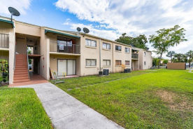 7427 SouthWest 152 Avenue, Unit 207 Miami, FL 33193