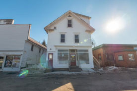 9 Commercial St Hartland, ME 04943