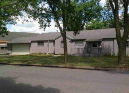 125 SUNRISE BLVD Redwood Falls, MN 56283