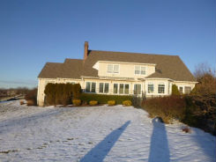 25 TURNBERRY RD Wallingford, CT 06492
