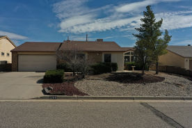 1988 ROANOKE DR NE Rio Rancho, NM 87144