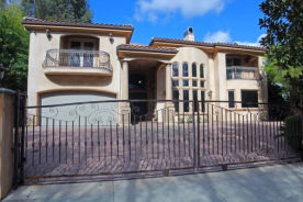 4233 WOODCLIFF RD Sherman Oaks, CA 91403