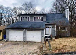 125 SIERRA ST Waterbury, CT 06704