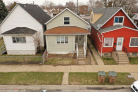 516 EMLYN PL East Chicago, IN 46312