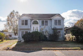 220 Harrison St Riverside, NJ 08075